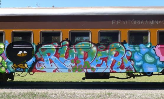 train-18-556x338