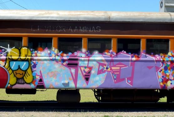 train-20-556x376