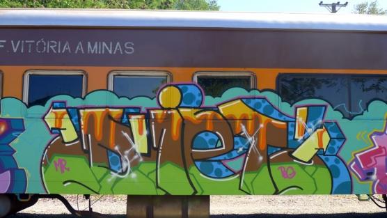 train-22-556x313