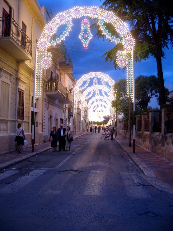 ita-rua-7-556x742